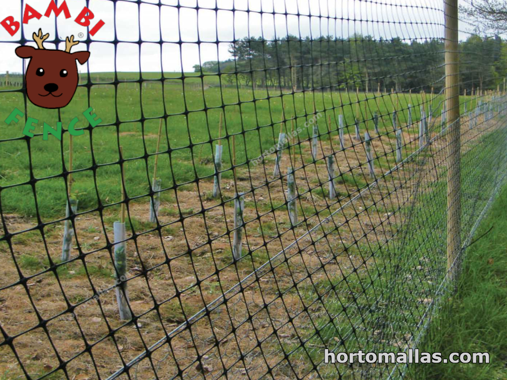 fence for deers installed in a field for protection